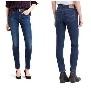 LEVI'S Classic Mid Rise Skinny Jeans